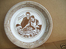 """Norman Rockwell The Warmest Of Holiday Traditions Freedom From Want 10"""" Pie Dish"""