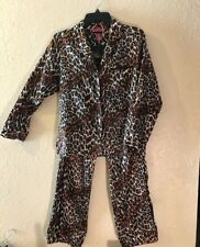 857f4ec064a444 Betsey Johnson 2 Piece Leopard Print Long Sleeve Pajamas