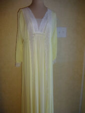 Vintage 1970s Womens Miss Elaine Yellow Peignoir Set XS S Robe Nightgown Lace
