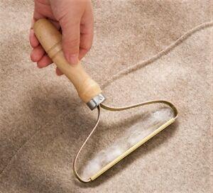Portable Lint Remover Pet Fur Clothes Fuzz Trimmer Manual Reusable Roller UK