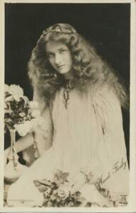 1905 Theater Actress MAUDE FEALY Lovely Lady RPPC postcard Milton Glossette