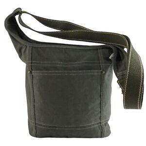 Damen Vegan Umhängetasche. Die nachhaltige Tasche ist aus 100% Baumwolle