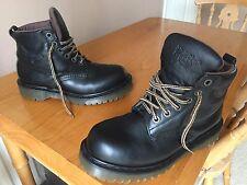 Vintage Dr Martens 8283 Negro Botas De Cuero UK 9 EU 43 para caminar Inglaterra,