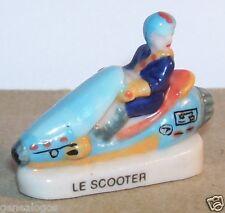 SCOOTER DES MER FEVE PORCELAINE 3D 1/87 HO