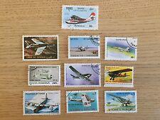 EDITIONS ATLAS - Timbres Collection - Avion de Chasse Armée Lot de 10