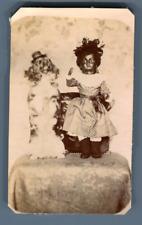 France, Chien posant avec une poupée  Vintage albumen print.  Tirage albuminé
