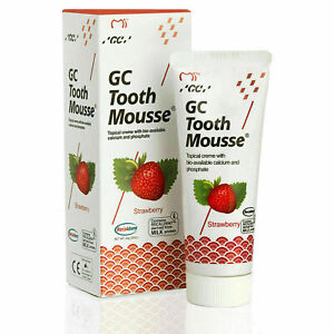 GC Tooth Mousse Teeth Remineralising Cream Strengthens Enamel - Strawberry 35ml