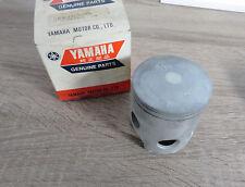 YAMAHA PISTON RD400 2R9 1978 1. excès 0,25 mm piston d'origine neuf
