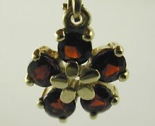 Garnet flower earrings 14 carat yellow gold with a safety catch French hook 1ct