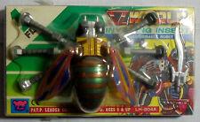 LH VTG 80's V WORLD INVADING INSECT 1 - FLY TRANSFORMER ROBOT w/ SOME FLAWS