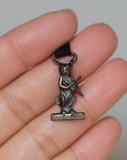 "Vintage "" CAT & FIDDLE "" Brass Medal Charm Pin Brooch"