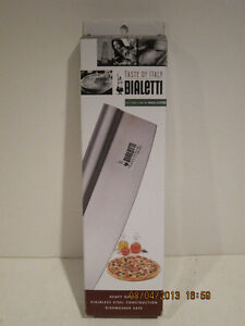 """Bialetti Pizza Cutter Bialetti Stainless Steel 13.75""""-FREE SHIPPING NEW IN BOX!!"""