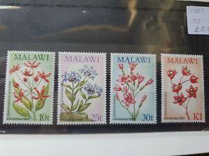 Malawi 1987 Christmas, Wild Flowers set of 4, hinged mint