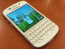 BlackBerry Q10 - 16GB - White (Unlocked)+ Excellent + ON SALE !!!