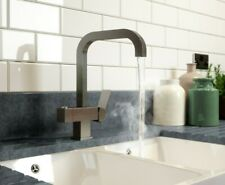 BRUSHED STEEL SQUARE FILTERED INSTANT BOILING WATER KITCHEN TAP INC. TANK