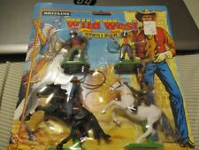 Britains Wild West 4 Cowboys 2 on Horse 1996 new on card