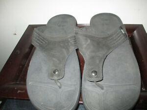 FitFlop Dass Nubuck Mens Size 12 Black Thong Sandals Slipper Flip Flops EUC