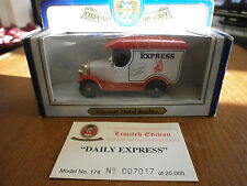 Oxford Diecast Morris Bull Nose Van with The Daily Express decals