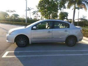 2011 Nissan Sentra, Silver, Good Condition, 95956 miles, Only 2 Owners