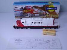 Athearn HO Gauge SOO Line Ref 4407 Diesel Locomotive With Lights R/N 6604 Boxed