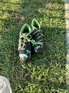 Under Armour BLUR Soccer ⚽️ Cleats BLACK/GRAY/GREEN Boys 4 Youth