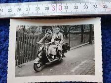 Foto Lambretta Motorroller 1955 Stadtoldendorf Eberbachstraße zwei Frauen