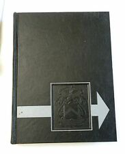 """1971, """"The Bell"""", US Army Command and General Staff College Yearbook, HB VG"""