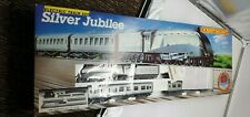 More details for hornby silver jubilee train set r837 includes r312 lner silver link loco - new
