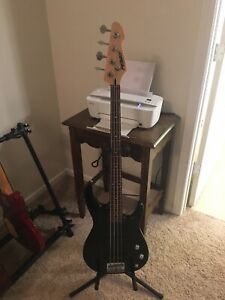 90s Peavey Foundation Bass Black
