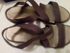 Diana Ferrari Low (3/4 to 1 1/2 in) Heel Height Sandals for Women
