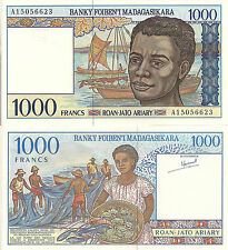 Madagascar P76, 1000 Francs, fishermen, boats / woman w/lobster - French Style