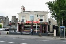 PHOTO  PUB 2009 THE 'BRIAN BORU' BOTANIC ROAD DUBLIN AS IS OFTEN THE CASE IN IRE