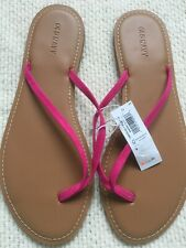 Old Navy Faux Leather Capri Sandal. Size 9