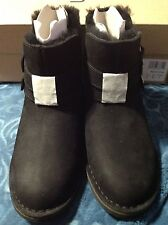 UGG ALISO BLACK LEATHER/ SHEEPSKIN ALISO  BUCKLE ANKLE BOOTS, US 5  EU 36 ~NEW