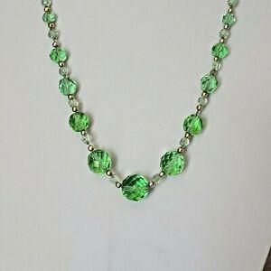 Vintage Jewelley beautiful Art Deco Uranium crystal glass bead necklace in green