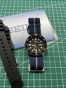 Seiko Prospex Men's Black Watch - SKX007