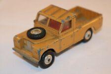 Corgi Toys 652 Land Rover 109 W.B. good+ all original condition