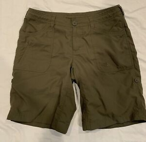 The North Face Hiking Shorts Womens Size 8 Olive Green Roll Up Leg Zip Pocket