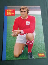 BARRY LYONS - NOTTS FOREST PLAYER-1 PAGE MAGAZINE PICTURE- CLIPPING/CUTTING