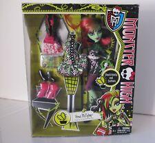 Monster High Doll Venus McFlytrap I Love Fashion NIB 2013