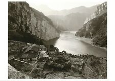 "POSTCARD Linda Butler Photograph ""Yangtze Overlook"" MINT Oversize"