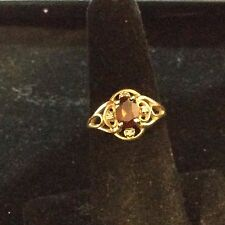 VINTAGE 14K YELLOW GOLD GARNET AND DIAMOND RING SIZE 6
