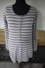 Shirt lang, grau-dunkelgrau-gestreift, Gr. M, Vero Moda, Rundhals, Knopfleiste