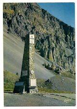 la route des grandes alpes le col d'izoard  la stèle la casse dèserte
