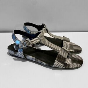 Vaneli Womens Ankle Strap Sandals Gray Patent Leather Stripe Open Toe Buckle 9.5