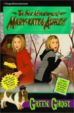 The Case of the Green Ghost (The New Adventures of Mary-Kate & Ashley #13) Caro