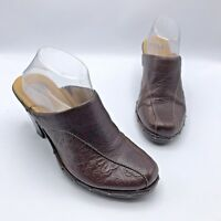 Sofft 1031500 Women Brown Leather Floral Embossed Clog Mule Shoe SZ 9M Pre Owned