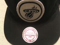 NBA PHILADELPHIA 76ERS  MITCHELL + NESS CAP HAT BASKETBALL snap back adjustable