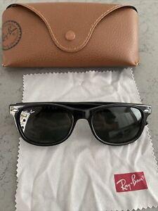 Ray Ban RB9052S 100/71 New Wayfarer 47-15-125 Junior Sunglasses