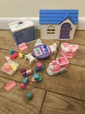 Barbie's sister Kelly Day Care Preschool Playset Train Table House Lot